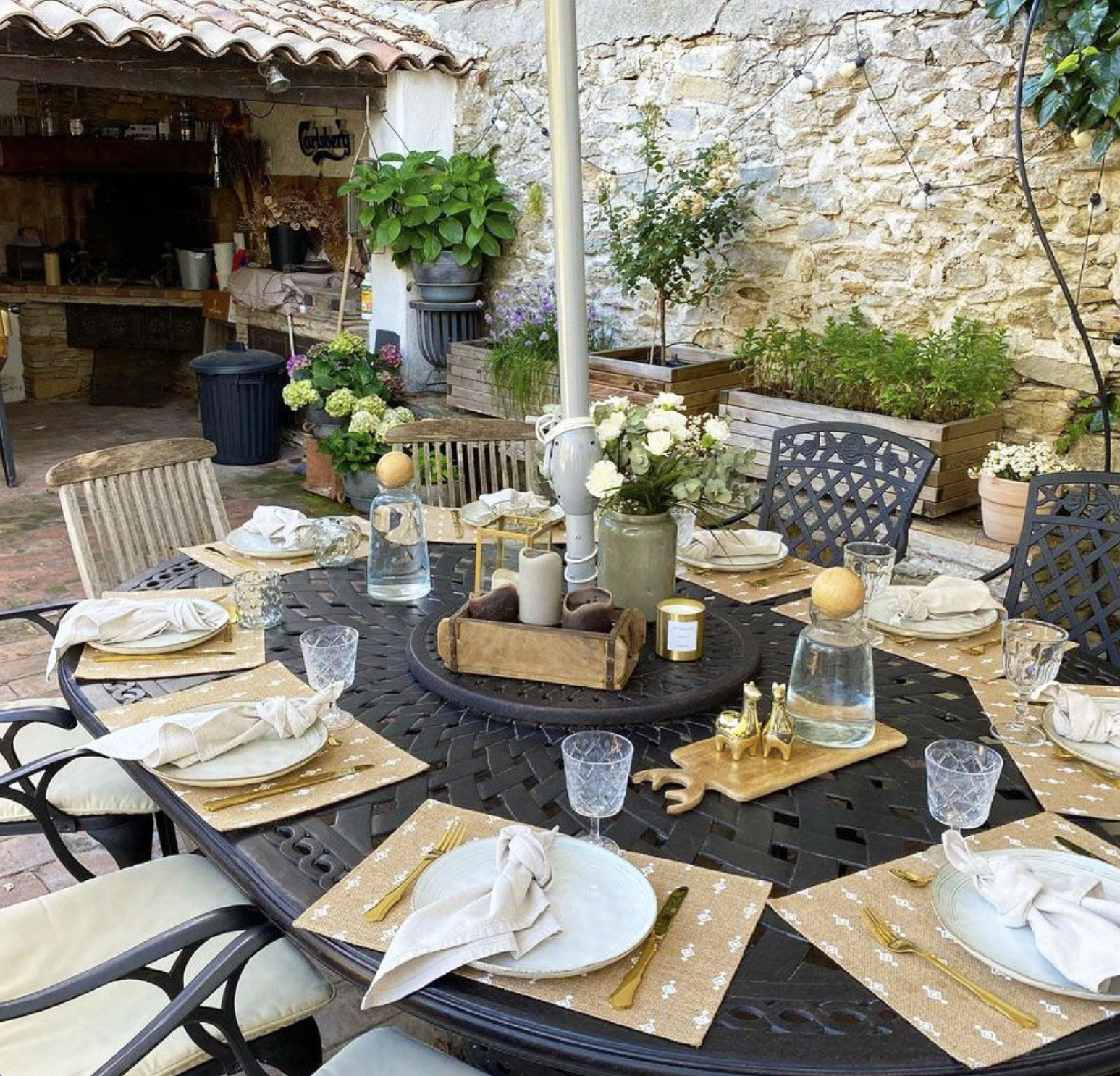 Garden Table dressed with soft gold colour palette