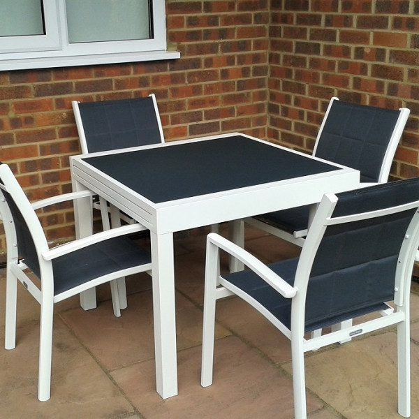 4_Seater_Petite_Modern_White_Grey_Metal_Aluminium_Extending_Outdoor_Garden_Glass_Top_Dining_Table_Set_6