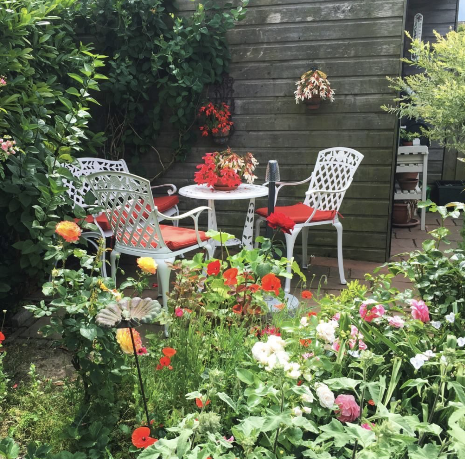 Complimenting Bistro Sets with a Garden Bench