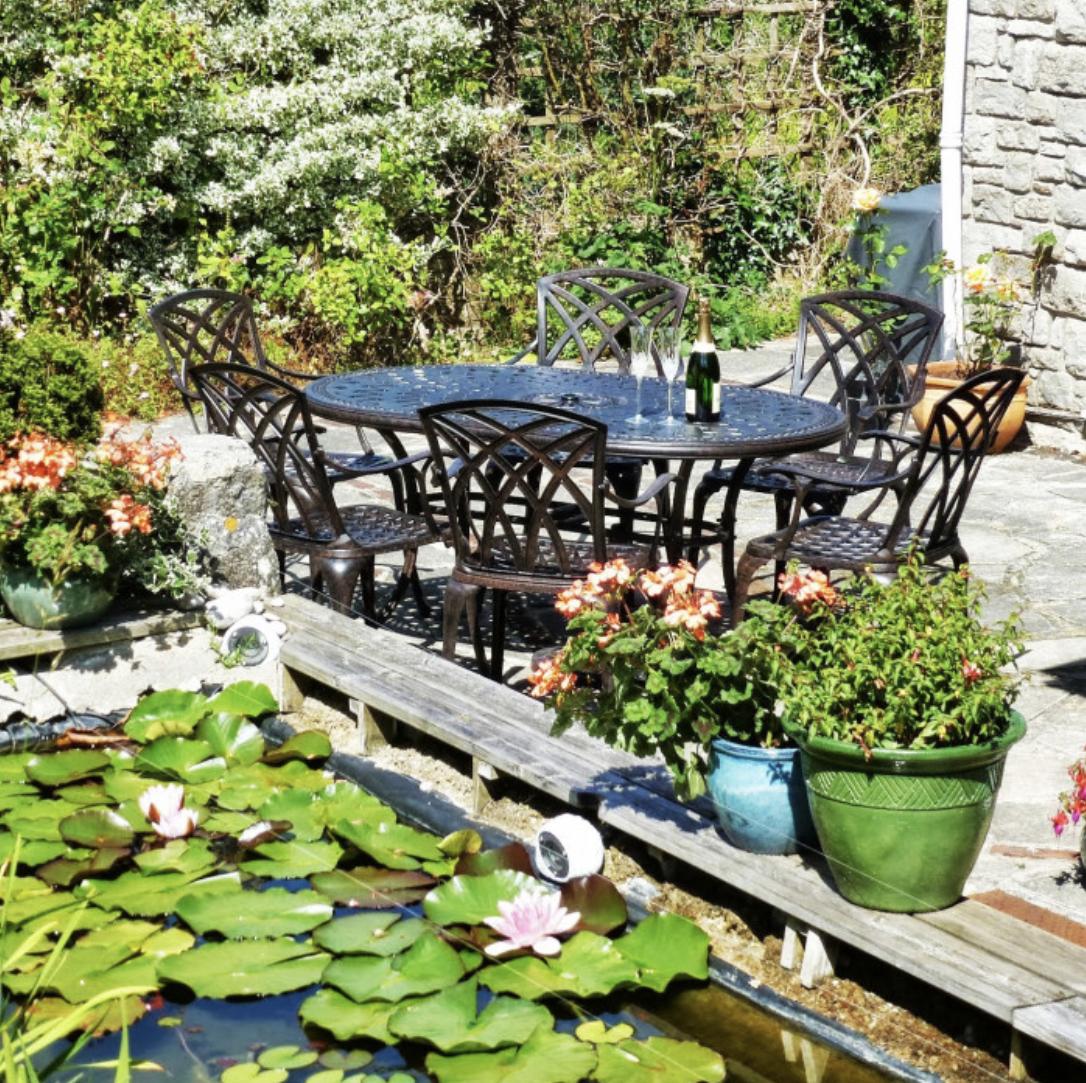 June Cast Aluminium Garden Table Set