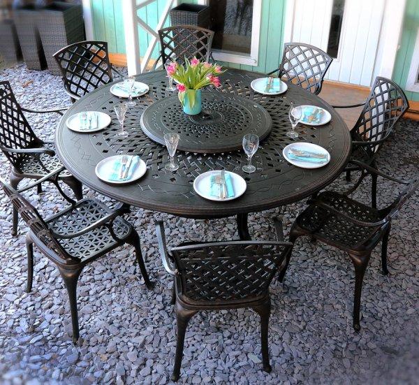 Rosie_Table_Cast_Aluminium_Garden_Furniture_Set_2