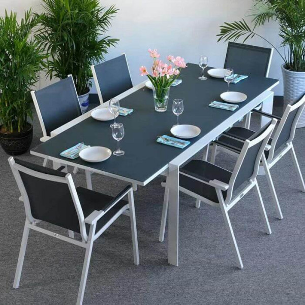 The smooth glass finish of this Janine White & Grey 6 Seater extending dining table make it stand out.