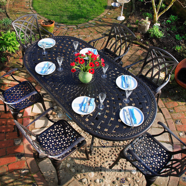 Catherine_210x105_Garden_Table_1