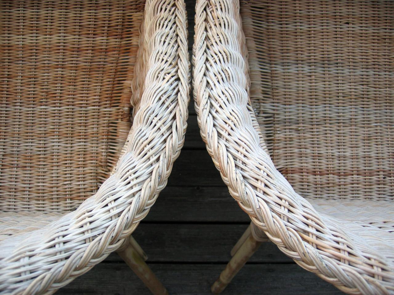 armchairs-1550821-1600x1200