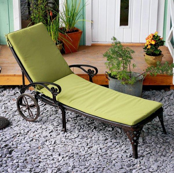 Green garden sunlounger cushion