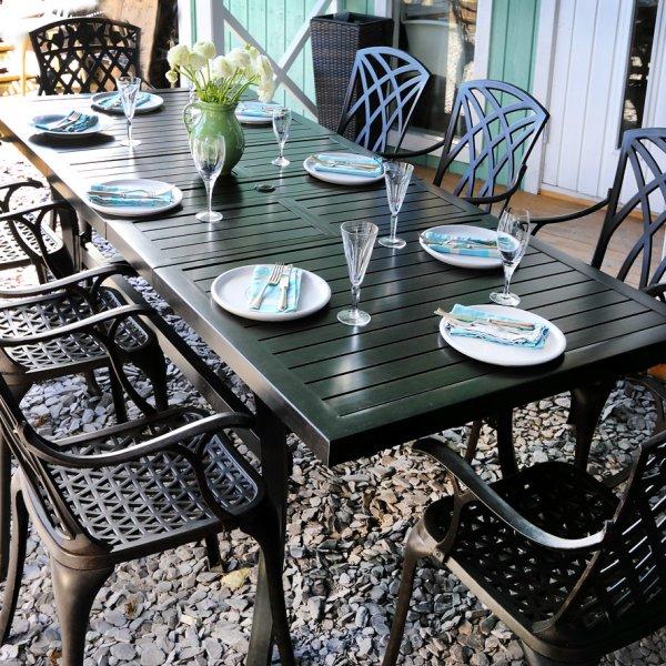 8 seater extension garden table 7