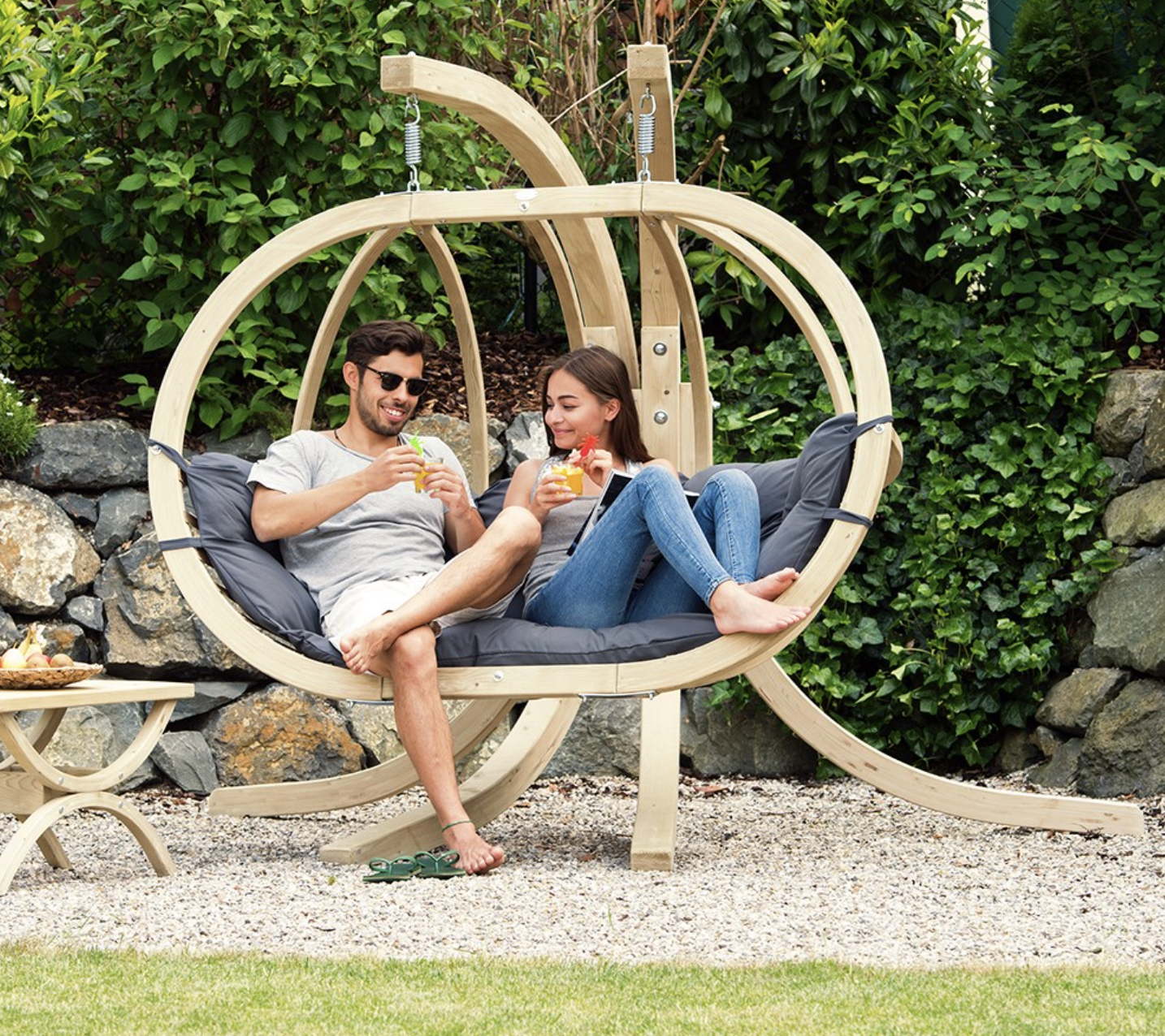 Globo Royal Garden Hanging Garden Chair