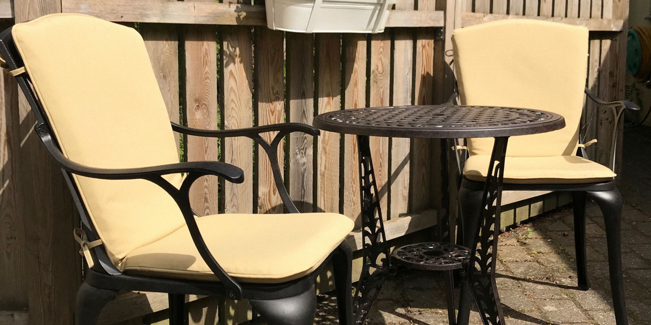 How-To-Clean-Outdoor-Furniture-Cushion-Covers