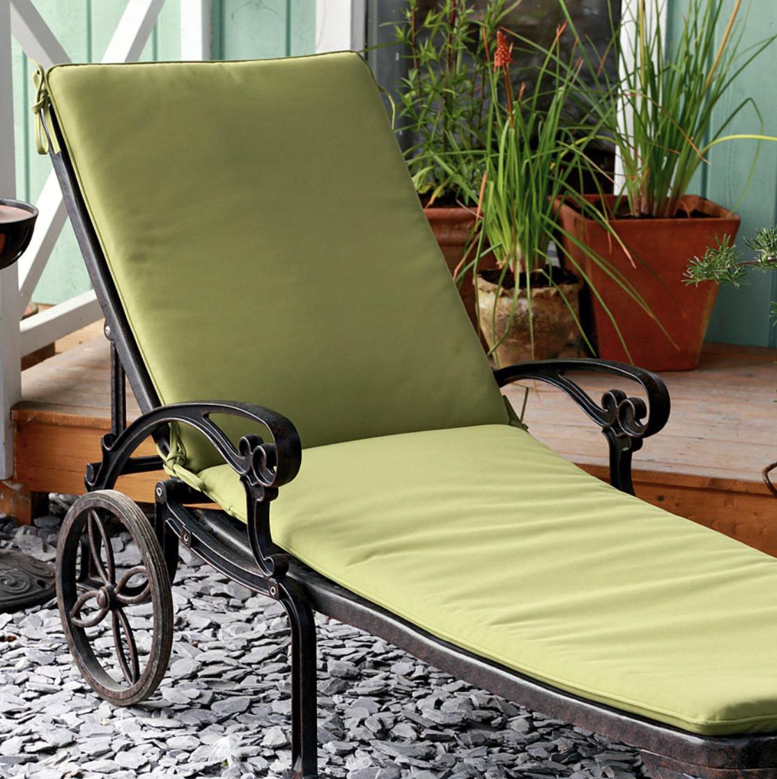 Lattice Sunlounger Cushion in Green