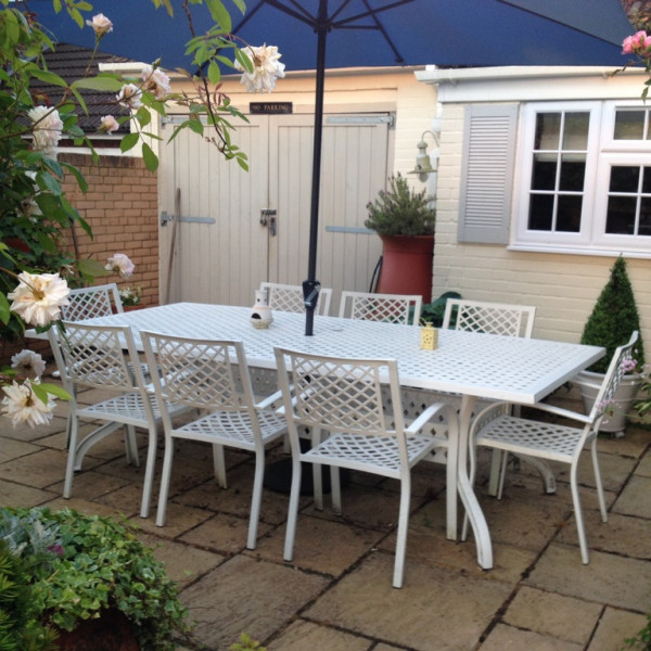 White_Madison_10_Seater_Garden_Cast_Aluminium_Table_1