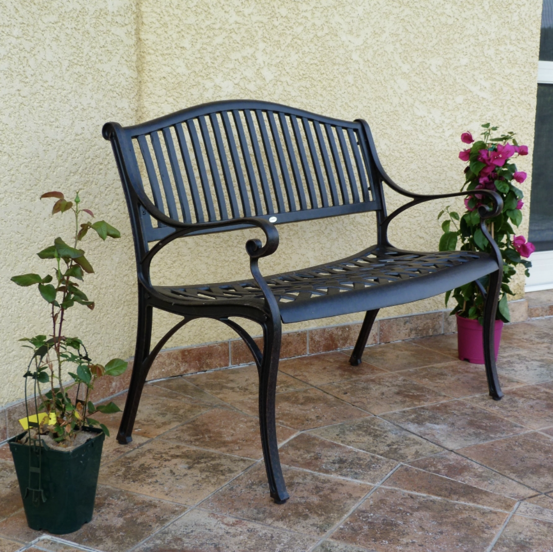 Grace Garden Bench