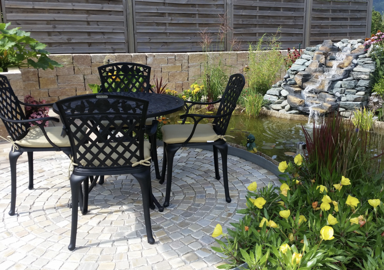 Pair-Your-Garden-Chairs-With-Our-Seat-Cushions