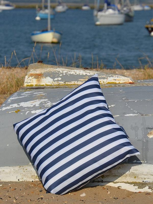 Very Outdoor Cushions