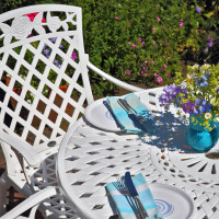 White_Mia_2_Seater_Cast_Aluminium_Garden_Furniture_1