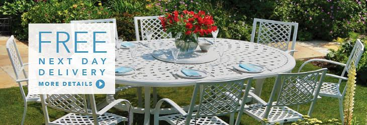 Oval 8 seater garden furniture set
