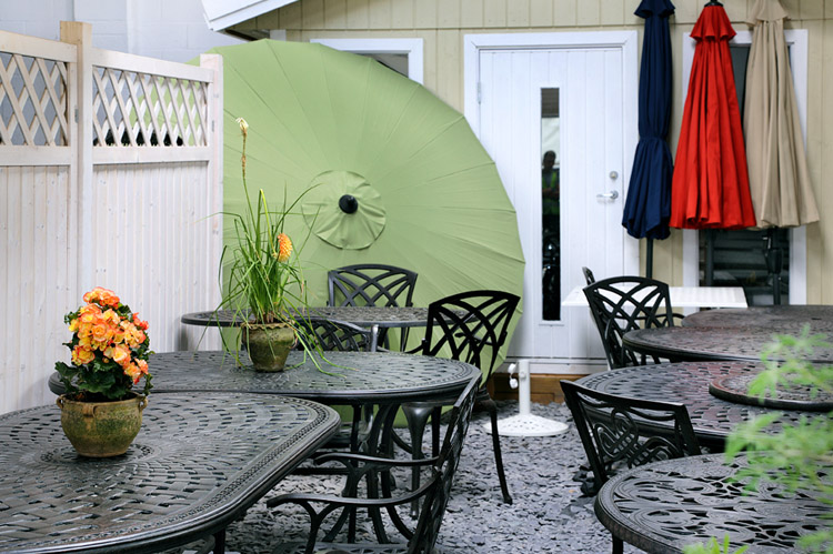 Lazy Susan Garden Furniture showroom